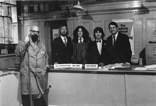 GILLAN: <br />John McCoy, Mick Underwood, Janick Gers, <br />Colin Towns, Ian Gillan