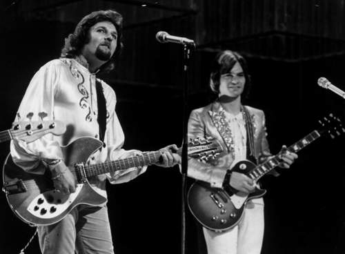 """On """"Top of the Pops"""" with Dave Cousins, 1972"""