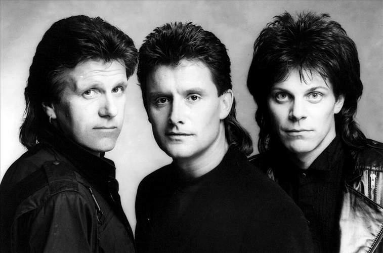 Photo of band 3